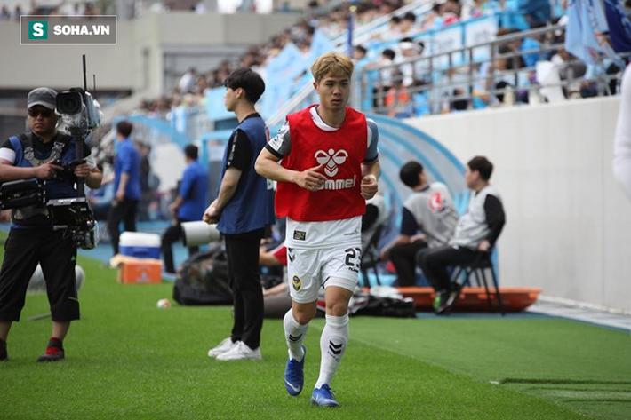 Mua trâu tiếc sợi dây thừng, Incheon United mới là thủ phạm khiến Công Phượng khốn khổ? - Ảnh 2.