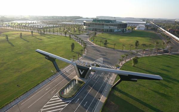 Hôm nay, VinFast khánh thành nhà máy sản xuất ô tô, lập kỷ lục thế giới về tốc độ chỉ trong 21 tháng